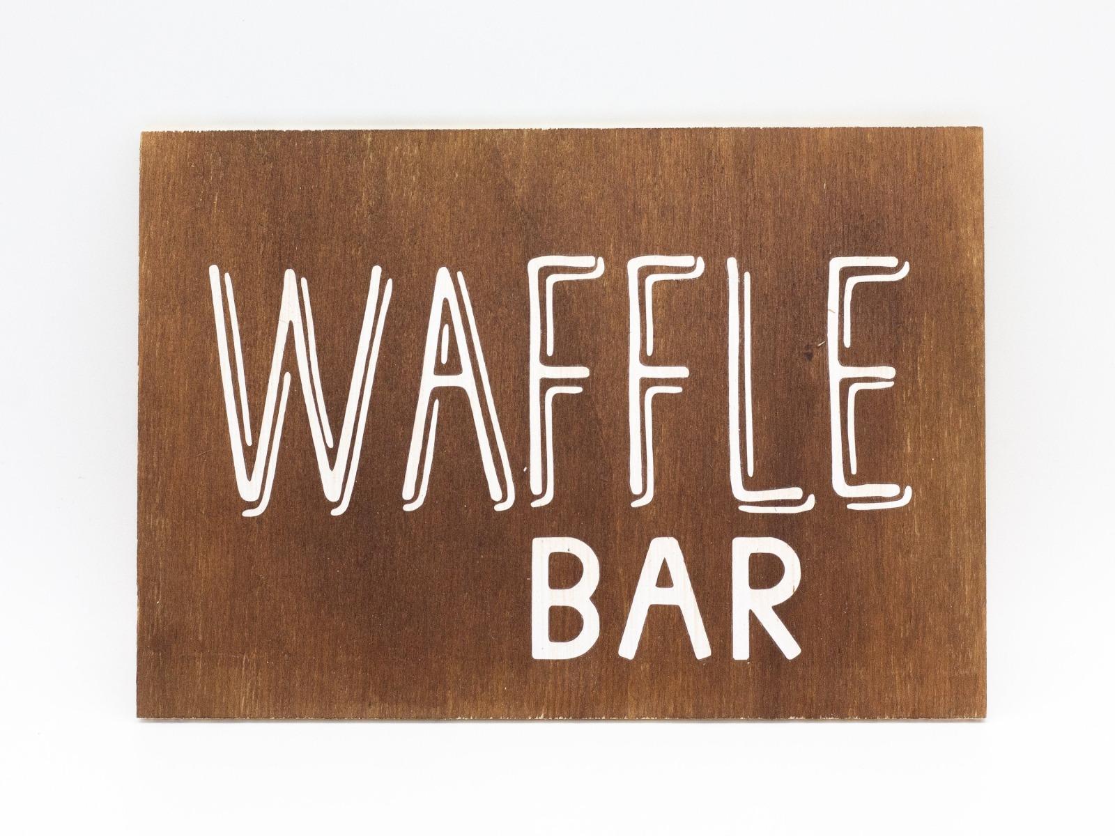 Waffle Bar Holzschild