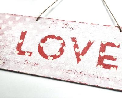 LOVE vintage Holzschild groß rot weiß