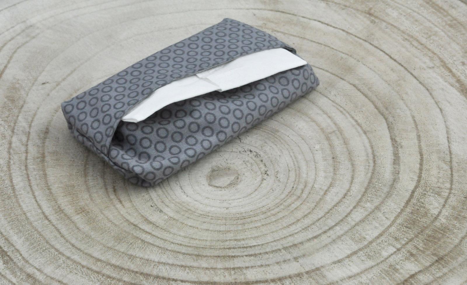 Taschentüchertasche grau 3