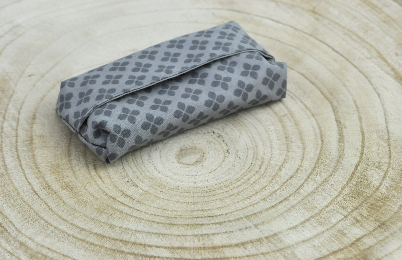 Taschentüchertasche grau 4