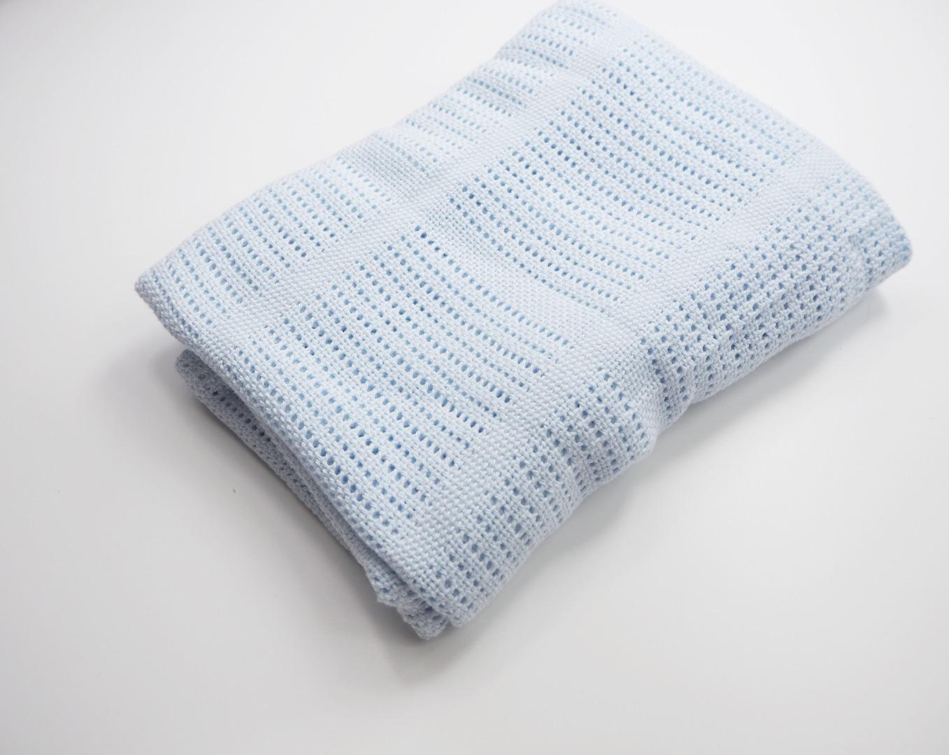 Baumwolle Strickdecke hellblau von lulujo