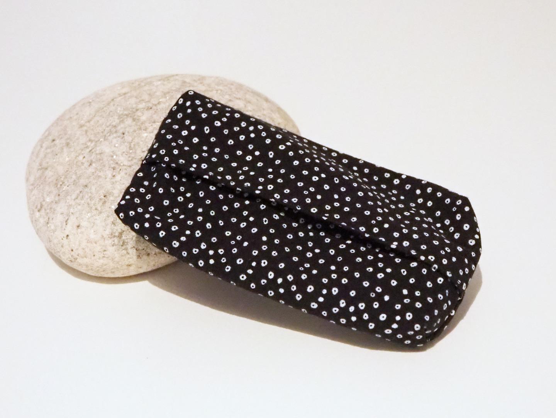 Taschentüchertasche schwarz weiß