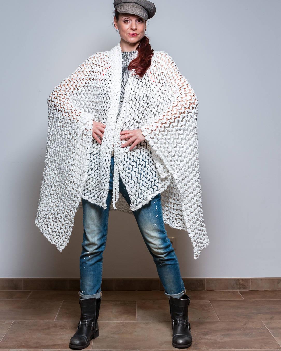ROTETULPE Strickjacke Weiß Cardigan 5