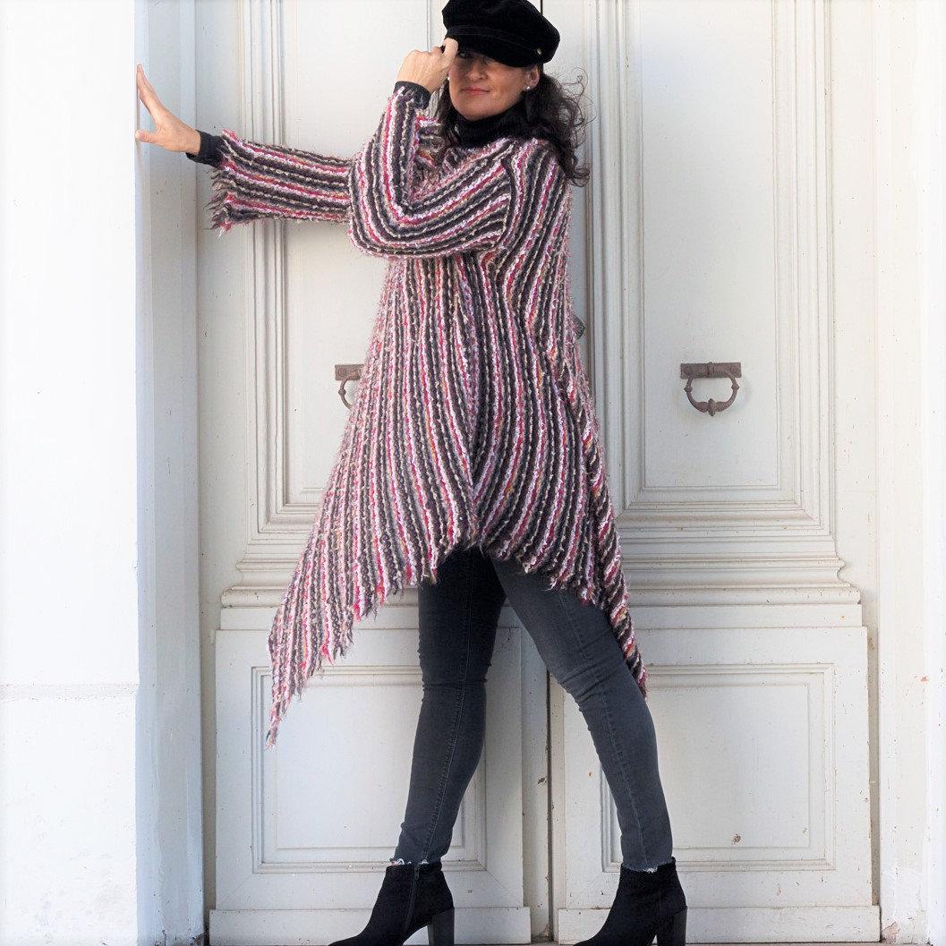 Lange Strickpullover mit Kimono ärmel 4
