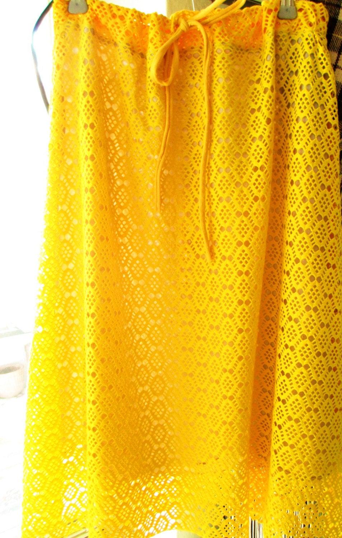 Sommerrock Sunny aus Spitze Gelb 4