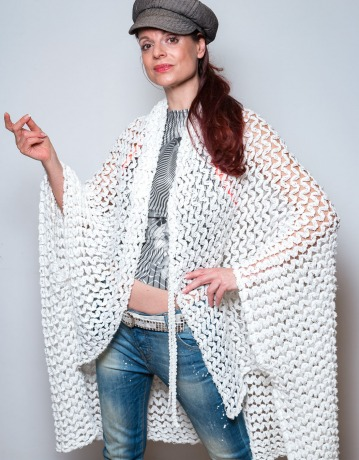ROTETULPE Strickjacke Weiß Cardigan Strick Cape