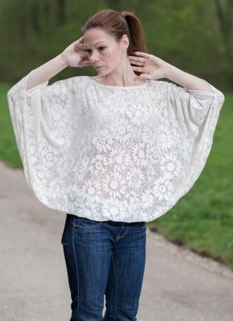 Weiße Oversized Shirt T-Shirt aus Spitze
