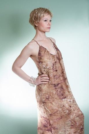 Seidenkleid mit Perlen Brautkleid Bohokleid Rückenfrei