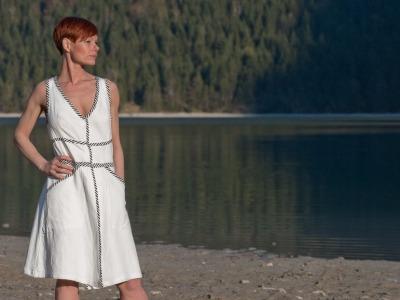 Kleid Wanda Sommerkleid Weiß Kleid Schwarz