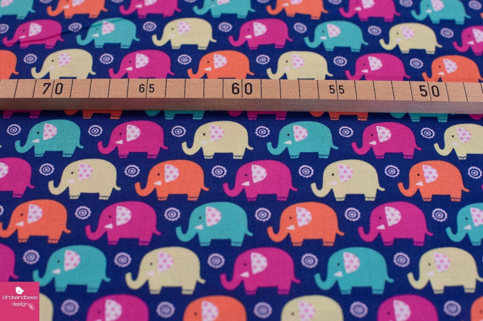 mini elephants dunkelblau by Michael Miller