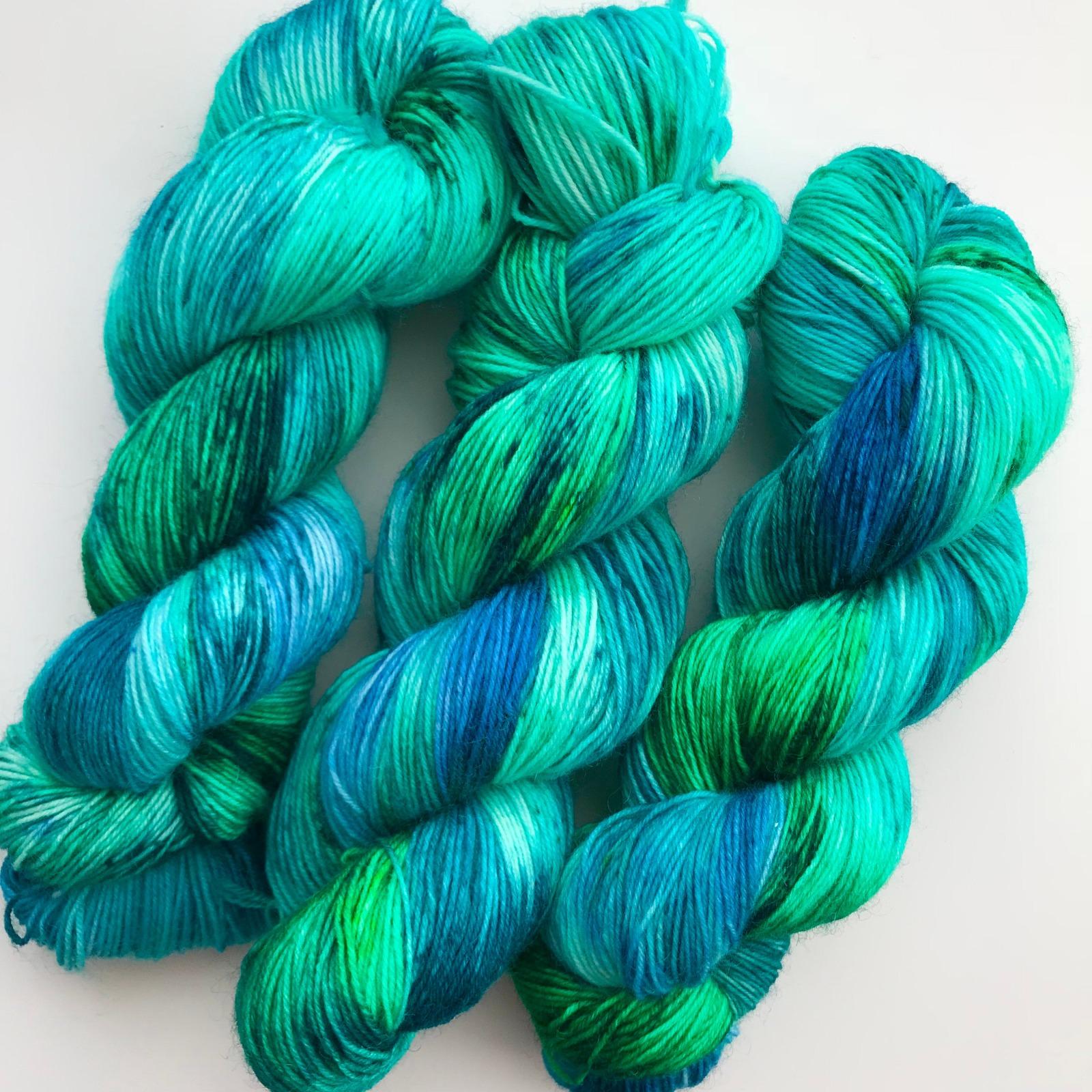OCEAN BREEZE - handgefärbte Sockenwolle 3