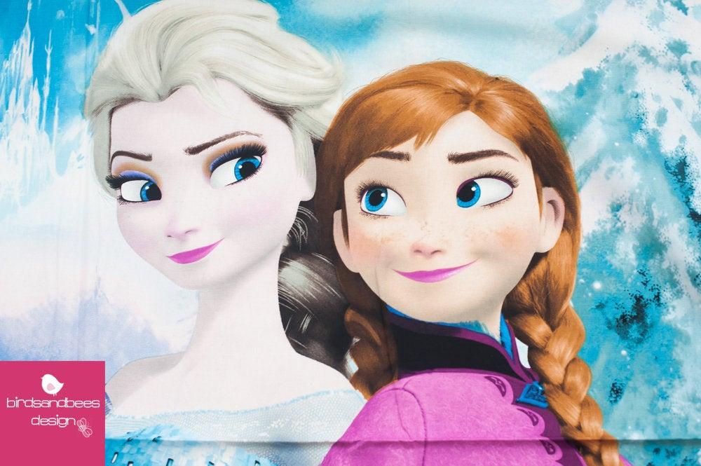 Disney FROZEN Snowing scenic PANEL 3