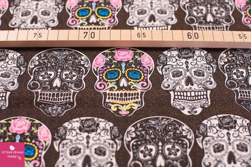 CALAVERTA skulls by David Textiles 2