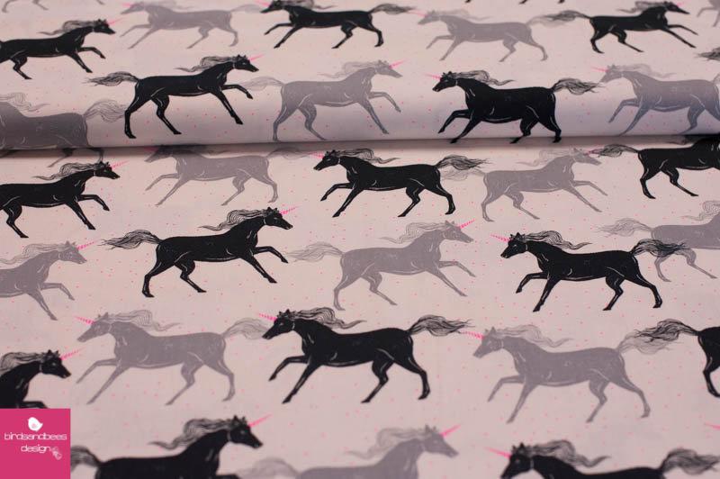 I heart unicorns by cotton