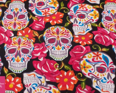 SKULLS ROSES schwarz by David Textiles