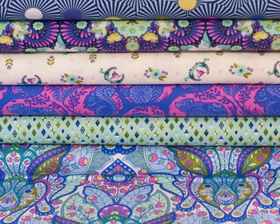 SLOW STEADY Fat Quarter blue raspberryTula