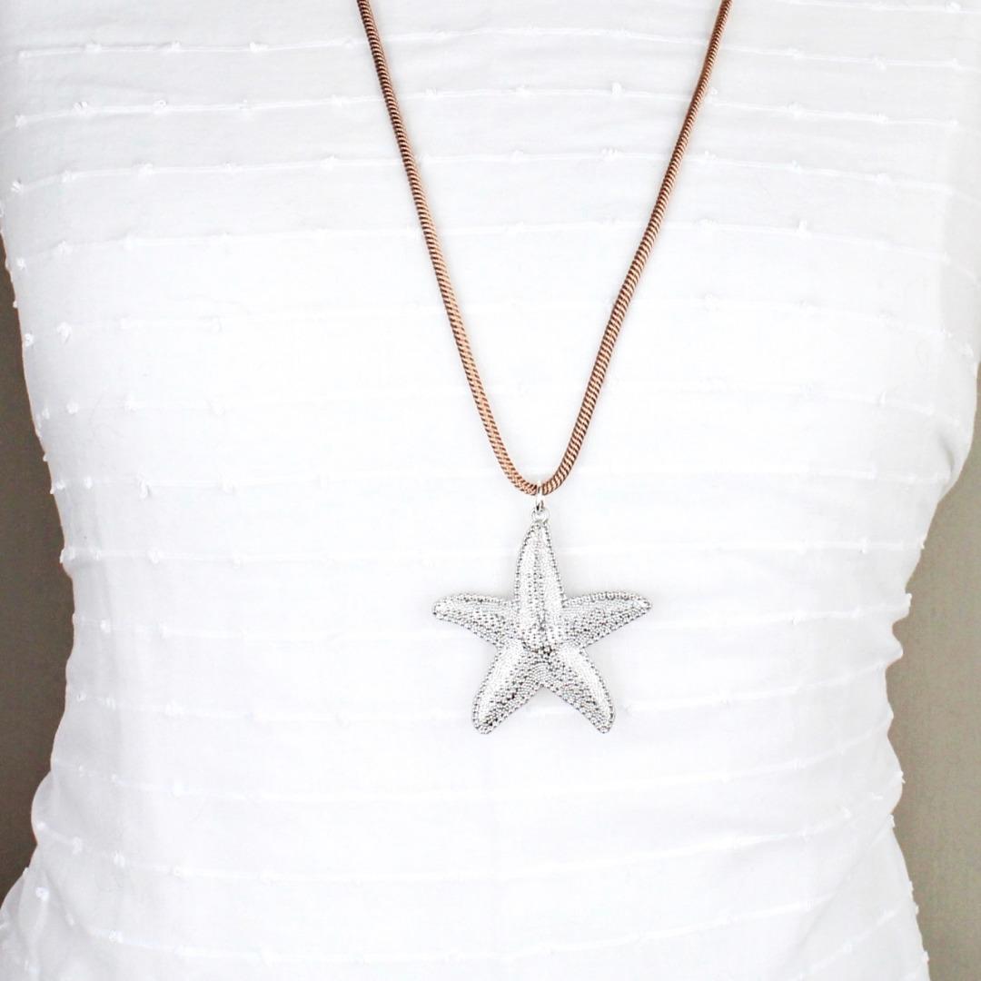 Lange Halskette für Damen mit Anhänger
