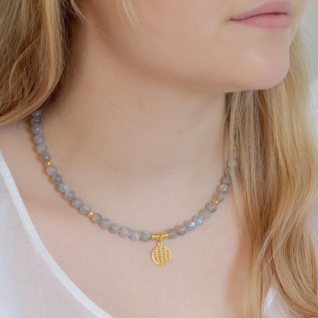 Graue Mondstein-Kette für Damen Silber oder