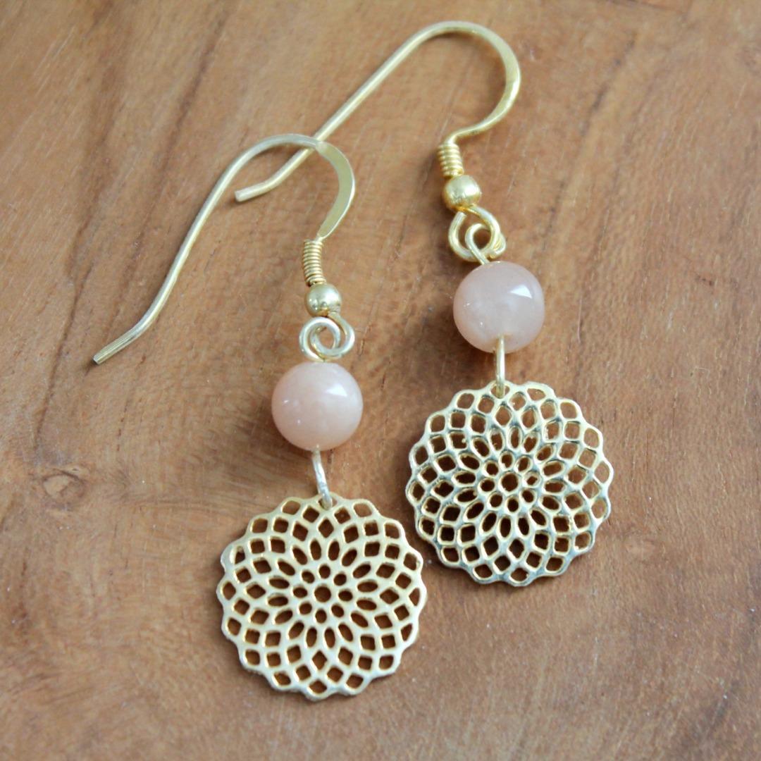 Mondstein-Ohrhänger mit Mandala Silber vergoldet