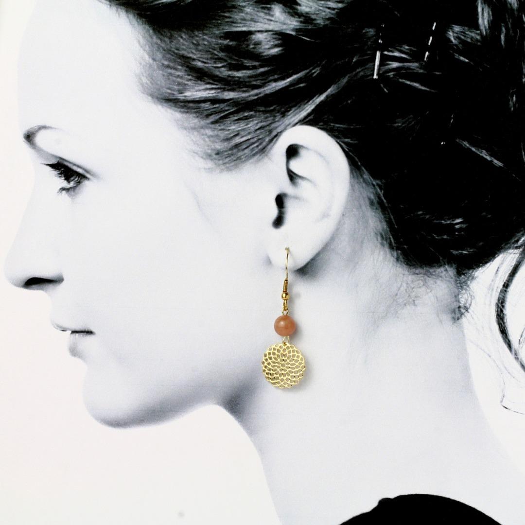 Mondstein-Ohrhänger mit Mandala Silber vergoldet 3