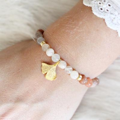 Armband Damen aus Mondstein mit Anhänger