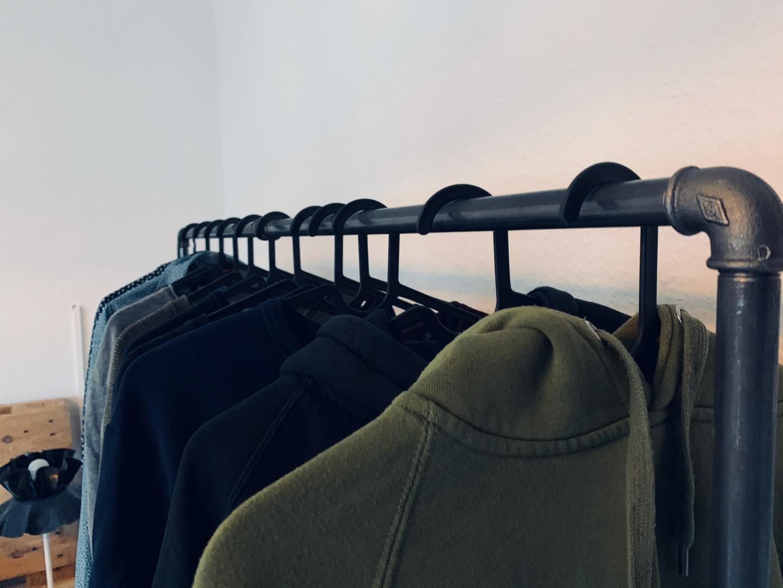 Design Kleiderständer - Mäxchen 3