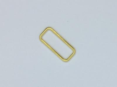 Vierkant 40 mm Fädelloch gold