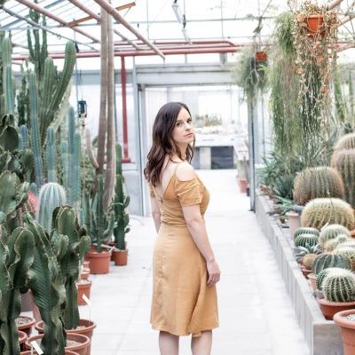 Barcelona Dress Shoulder free dress with