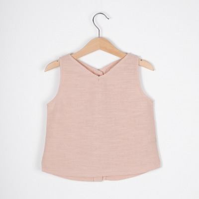 Palma Top Sleeveless top with button