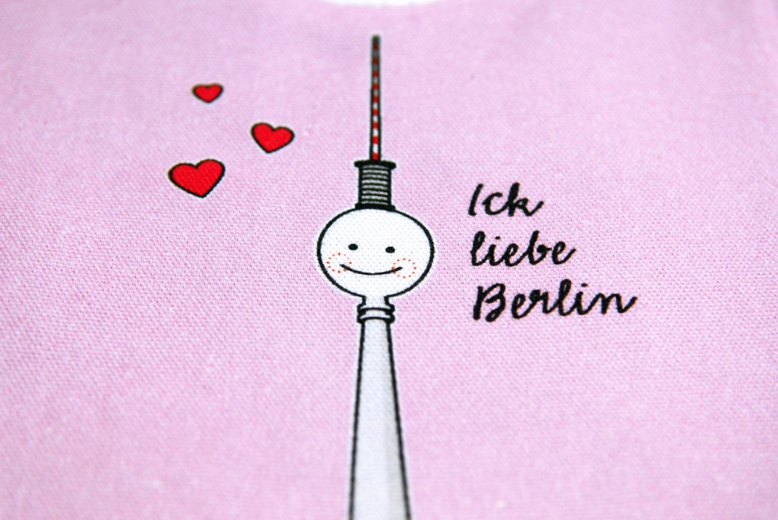 Lätzchen Fernsehturm Berlin Baby rosa 2