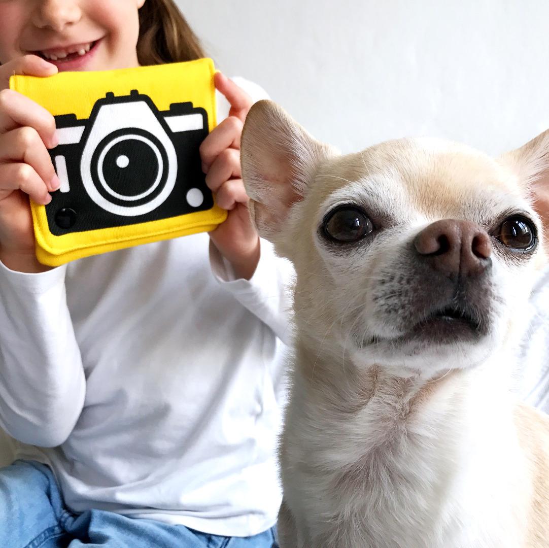 gelbe Umhaengetasche mit Kamera Motiv Fototasche Beutel
