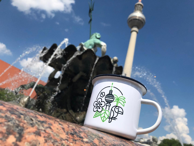 Emailletasse mit Berliner Fernsehturm Emaillebecher Tasse - 4
