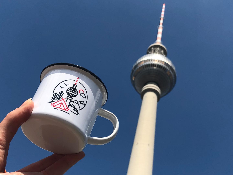 Emailletasse mit Berliner Fernsehturm Emaillebecher Tasse - 3