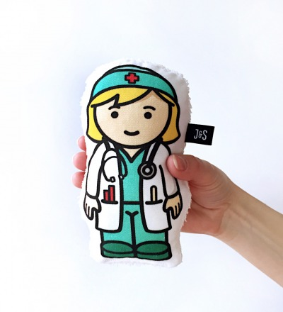 Aerztin Rassel Doktor Troesterpuppe handlich und weich Baby