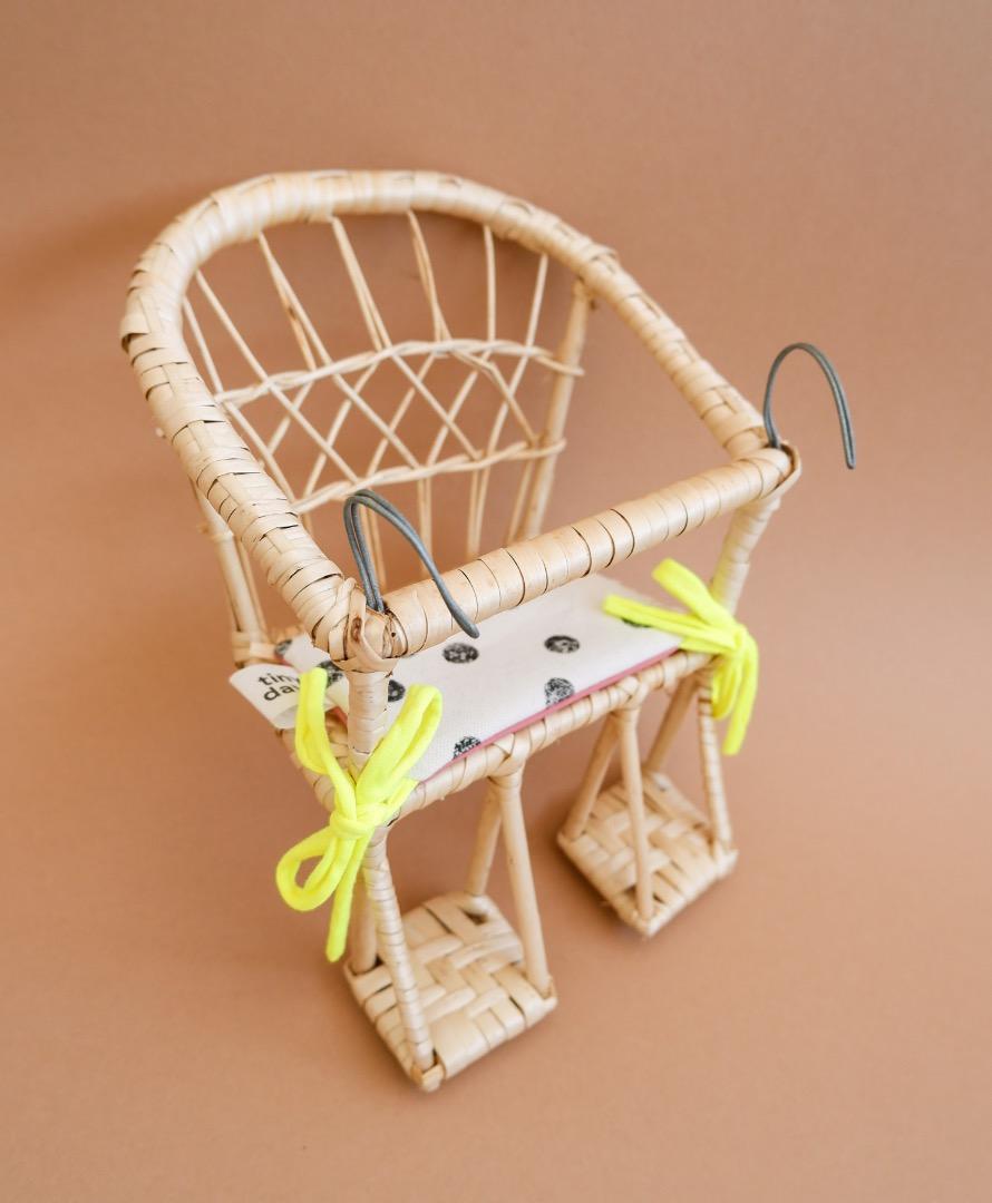 Puppenfahrradkorb aus Weide mit Sitzkissen