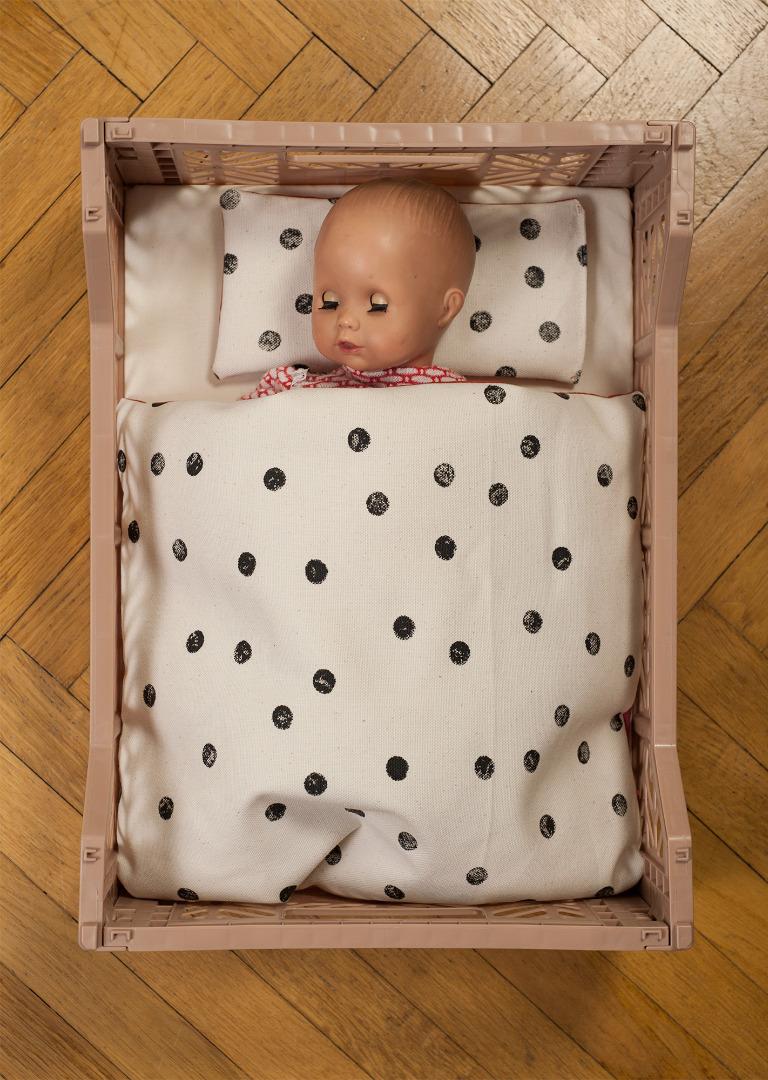 Puppenbett Punkte