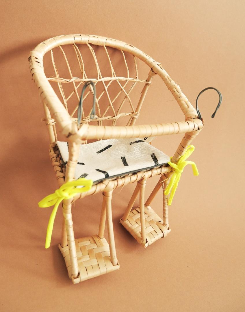 Puppenfahrradkorb aus Weide mit Sitzkissen 6