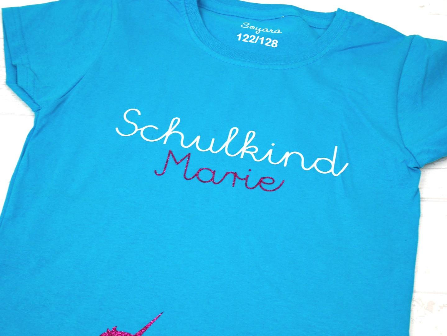 Schulkind T-Shirt mit Namen und Einschulungsjahr