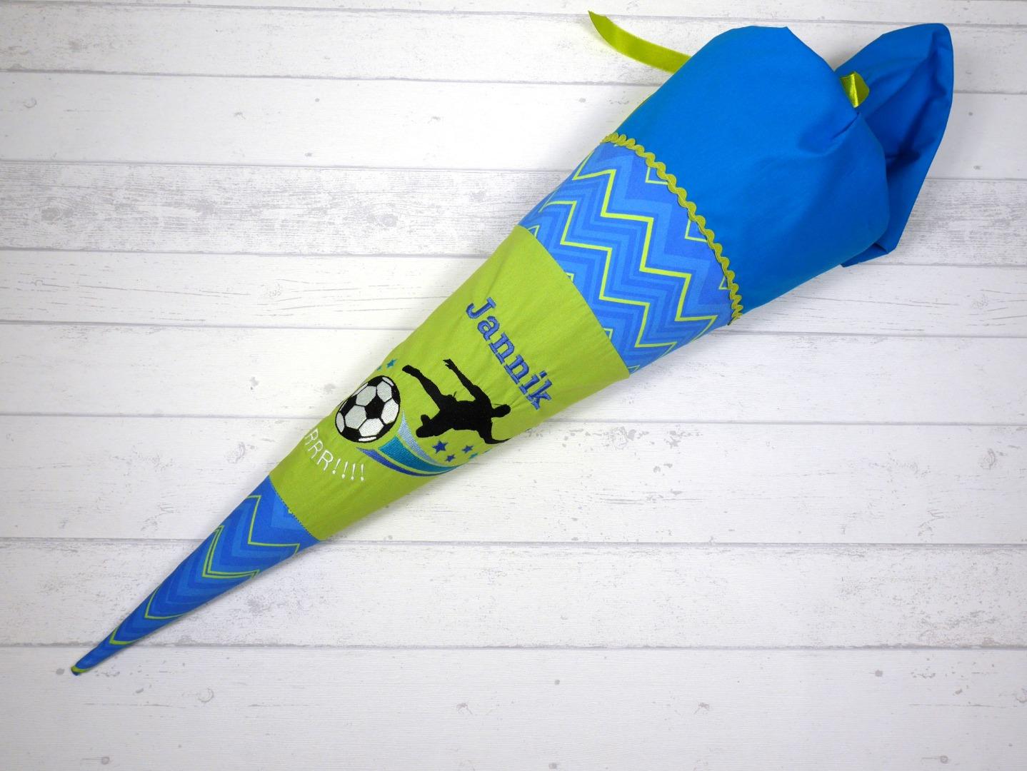 Schultüte aus Stoff Fußball Zuckertüte Fußballspieler