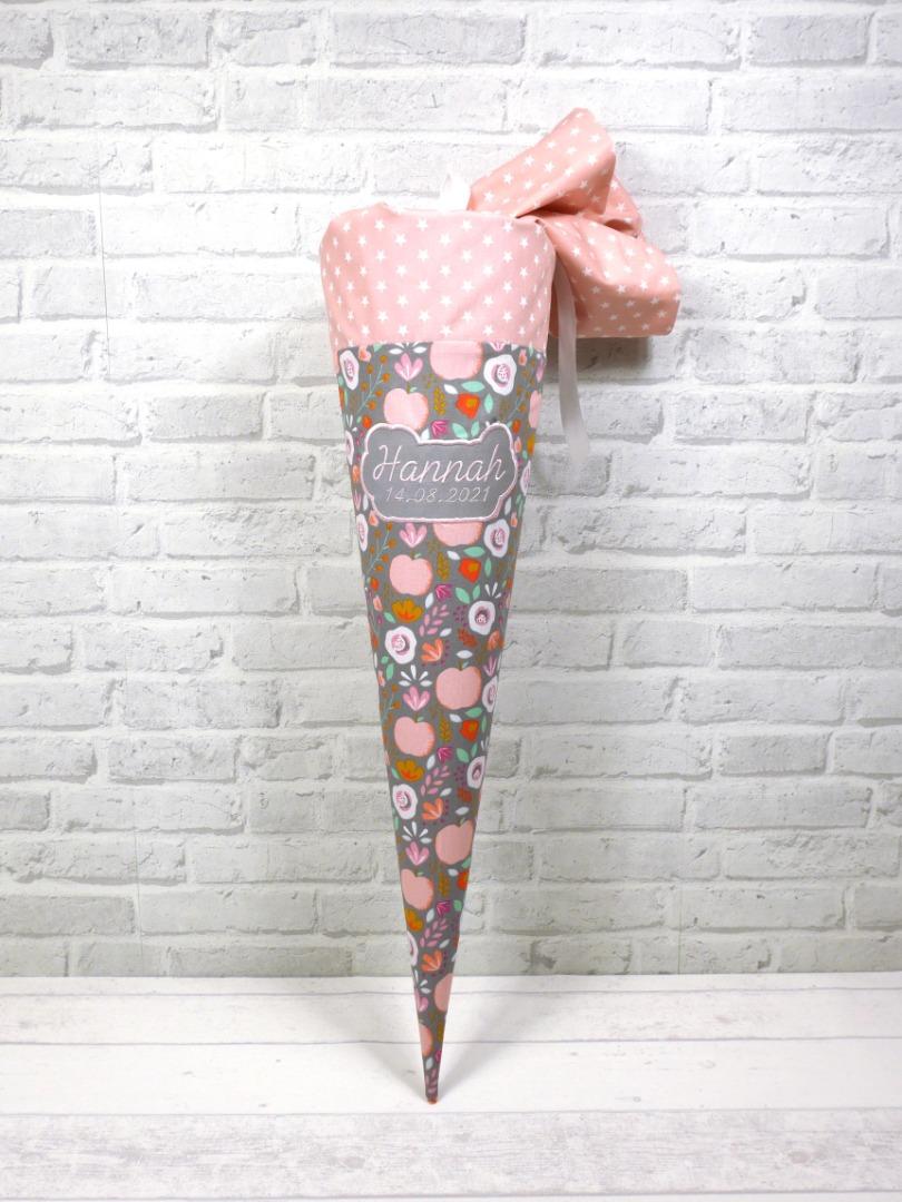 Schultüte Retro mit Blumenmuster aus Stoff