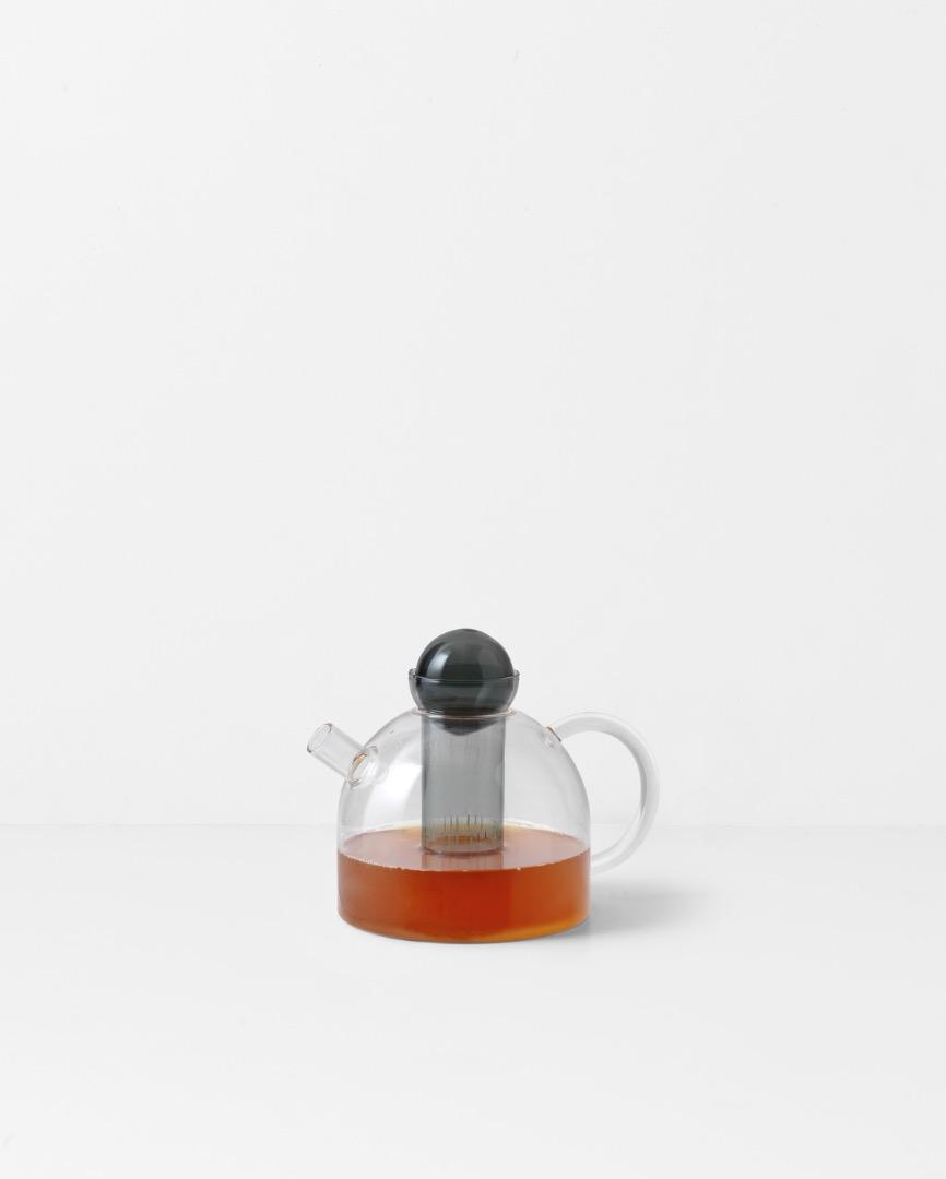Still Teapot von ferm LIVING 2