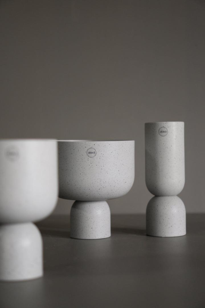 Post Vase 4