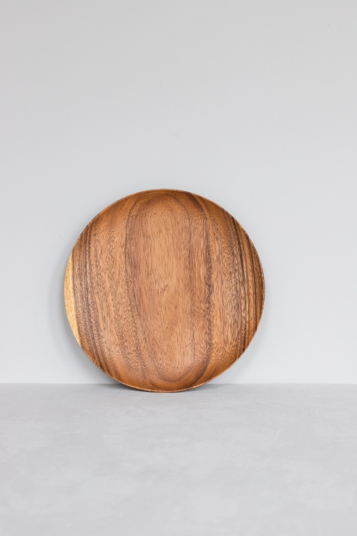 Runder Holzteller