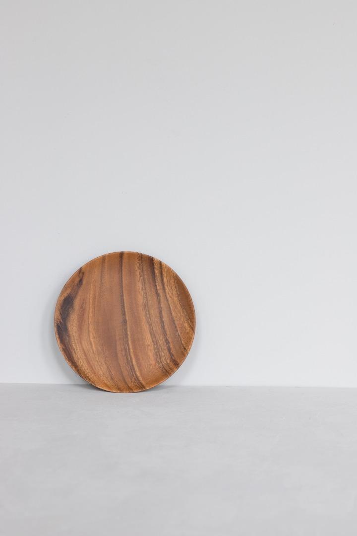 Runder Holzteller 3