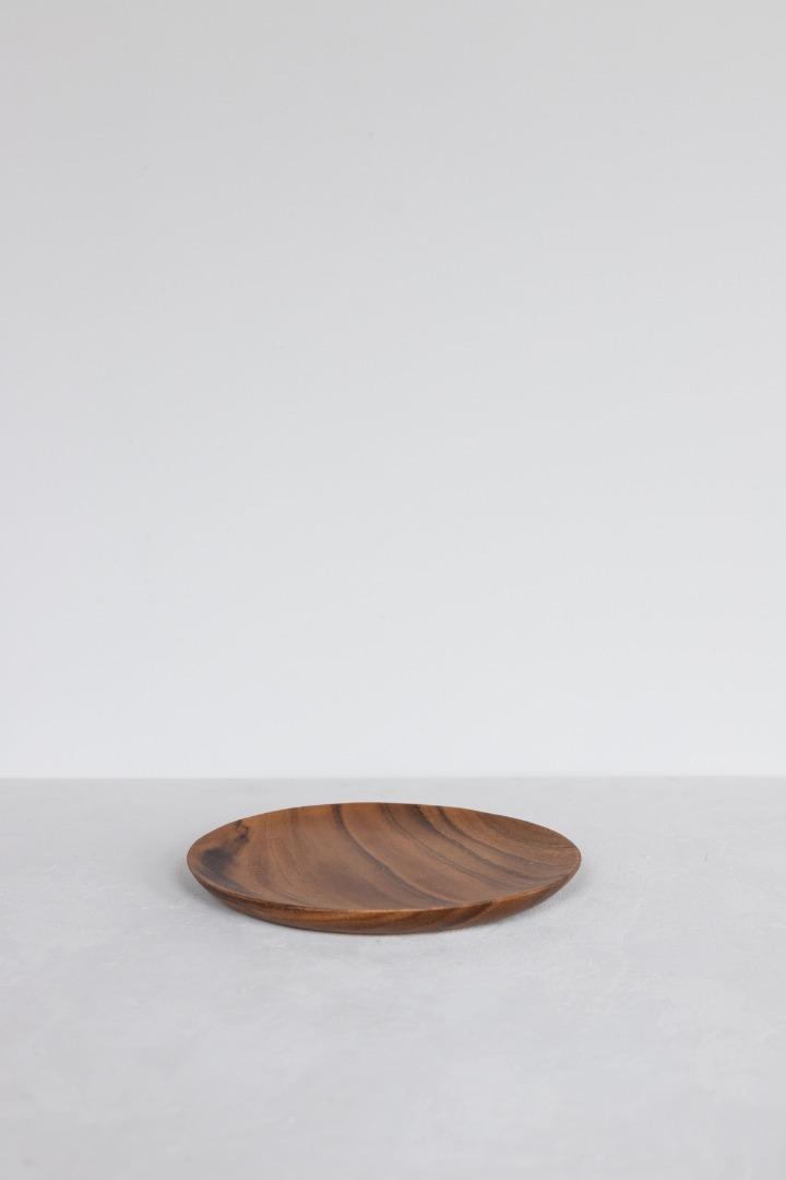 Runder Holzteller 4
