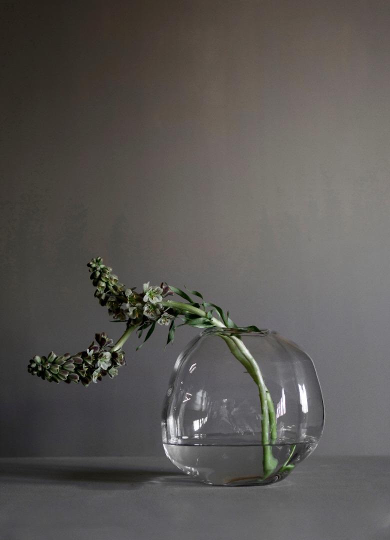 Pebble Vase 3
