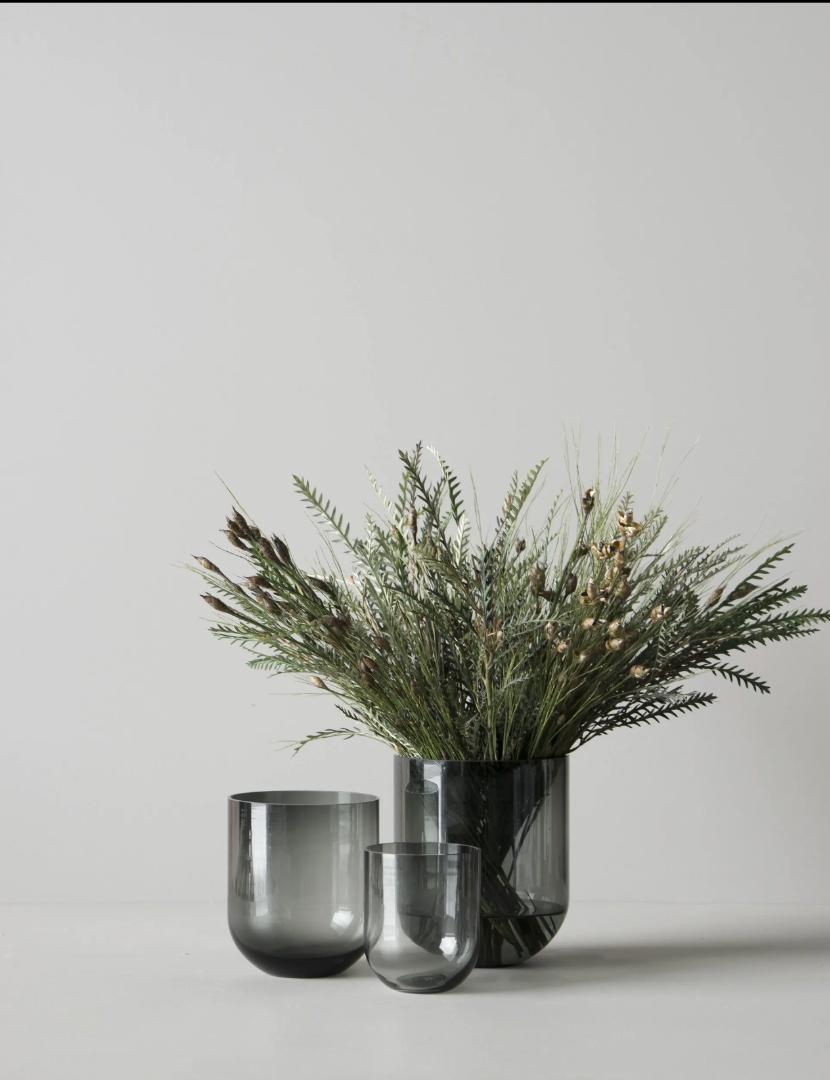 Simple Vase - smoke 2