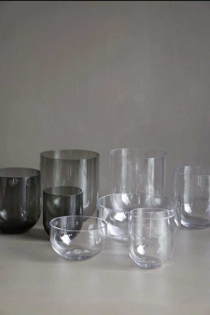 Simple Vase - smoke 3