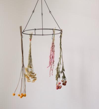 Blumen- Kräuterhänger aus Metall Blumen- Kräutertrockner