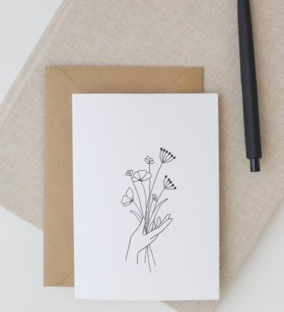 Klappkarte Blumenstrauß Schöne Klappkarte mit Blumenstrauß